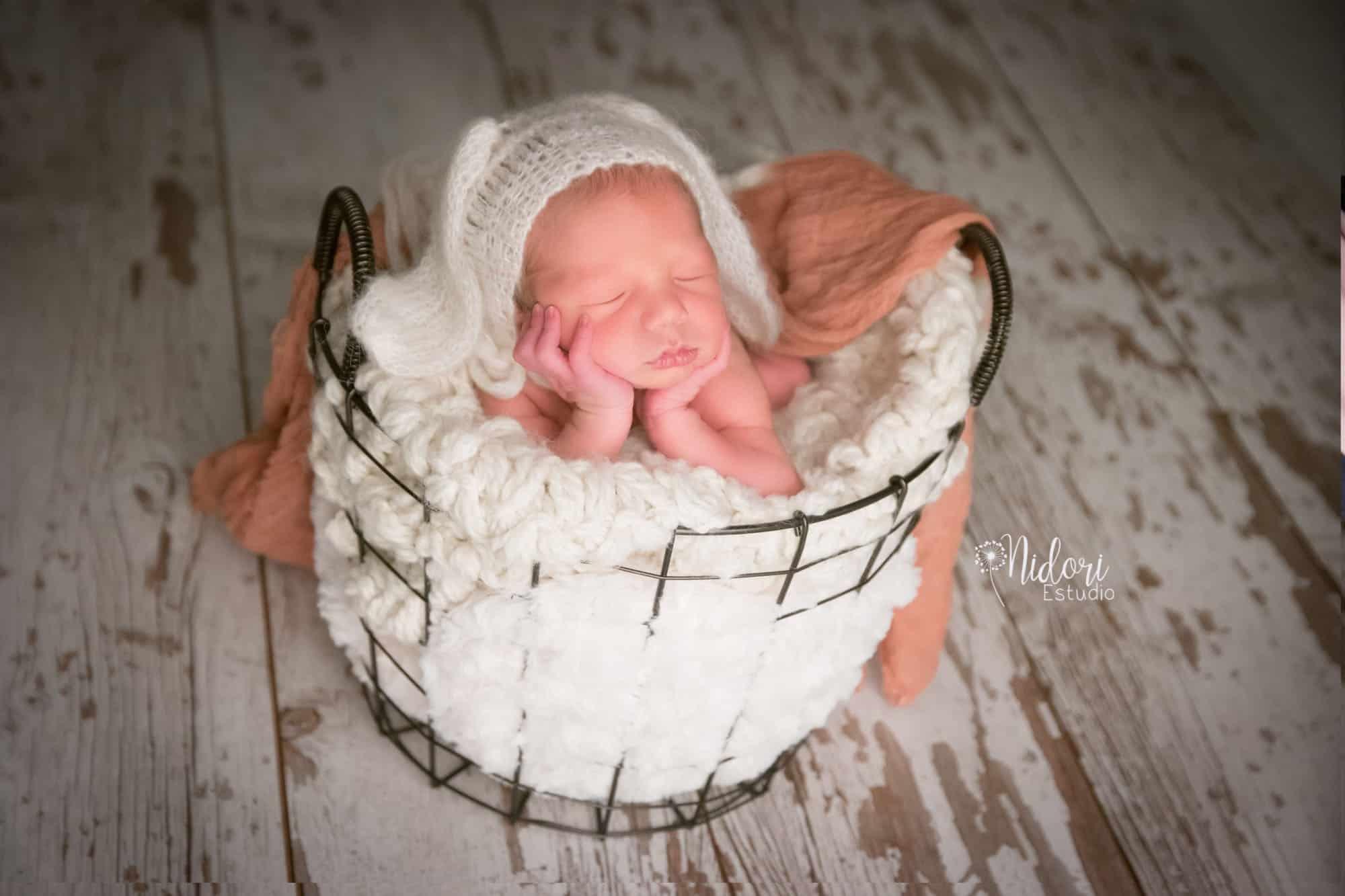 fotosbebe-fotografia-recien-nacido-newborn-bebes-nidoriestudio-fotos-valencia-almazora-castellon-españa-spain-08