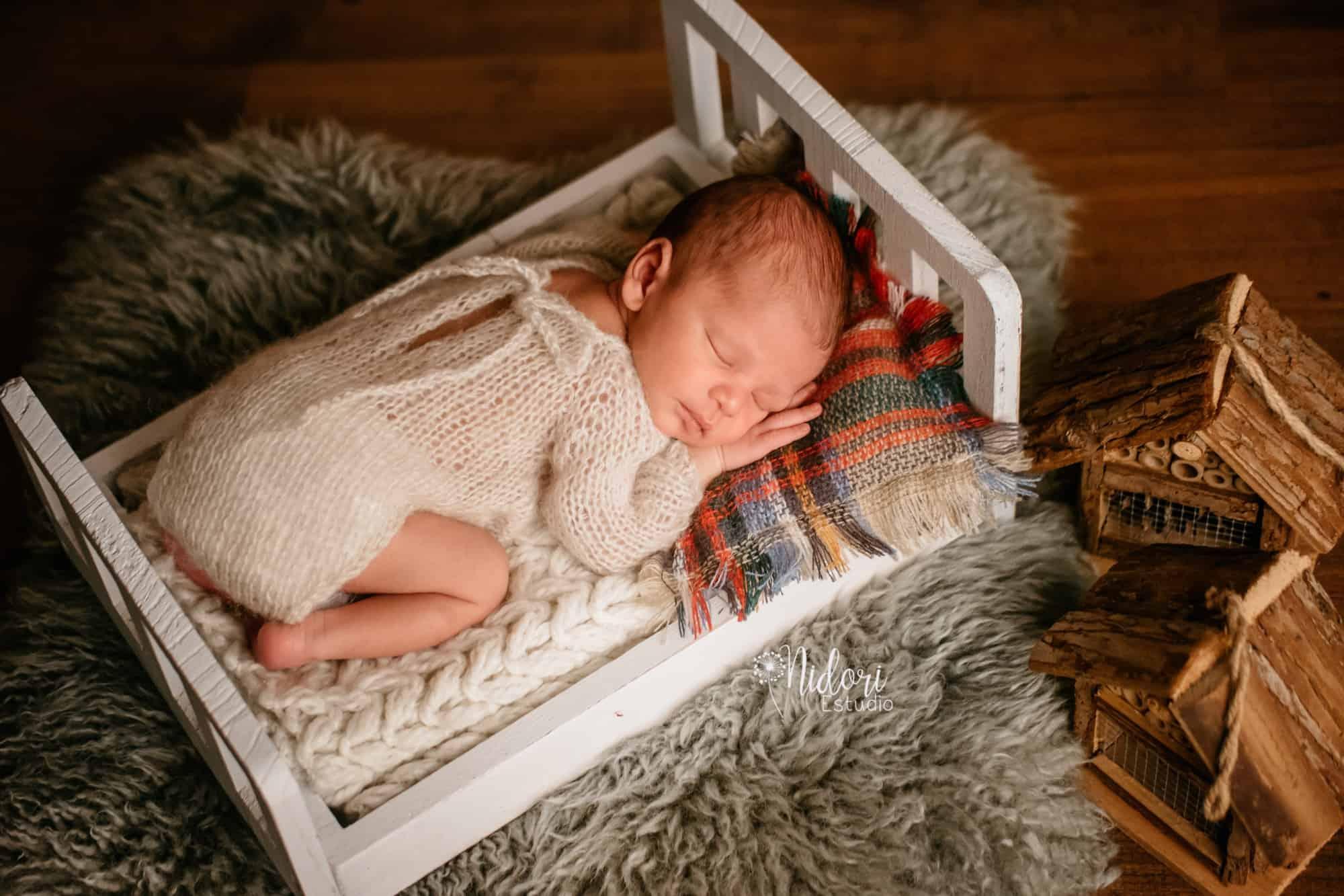 fotosbebe-fotografia-recien-nacido-newborn-bebes-nidoriestudio-fotos-valencia-almazora-castellon-españa-spain-11