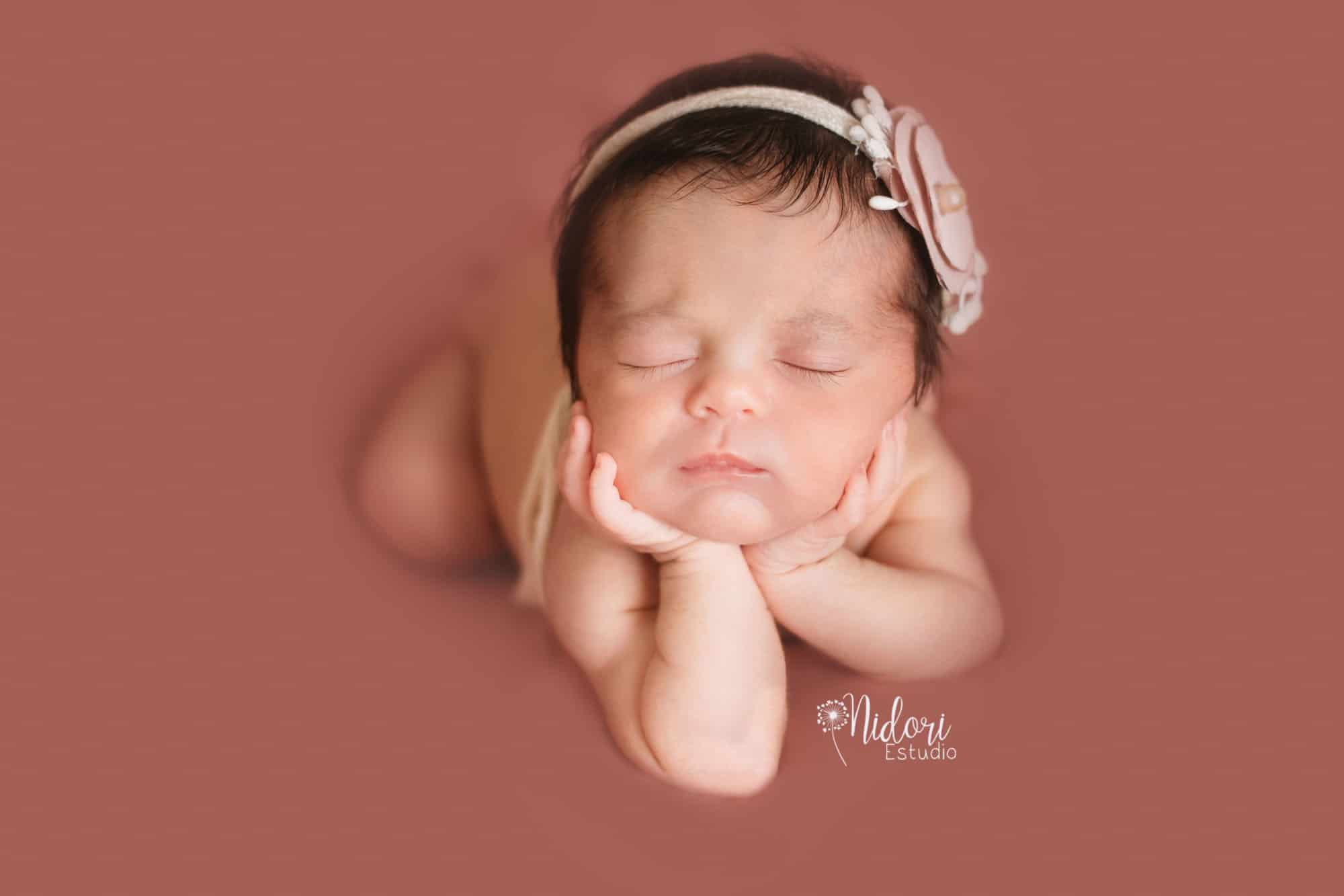 fotosbebe-fotografia-recien-nacido-newborn-bebes-nidoriestudio-fotos-valencia-almazora-castellon-españa-spain-14