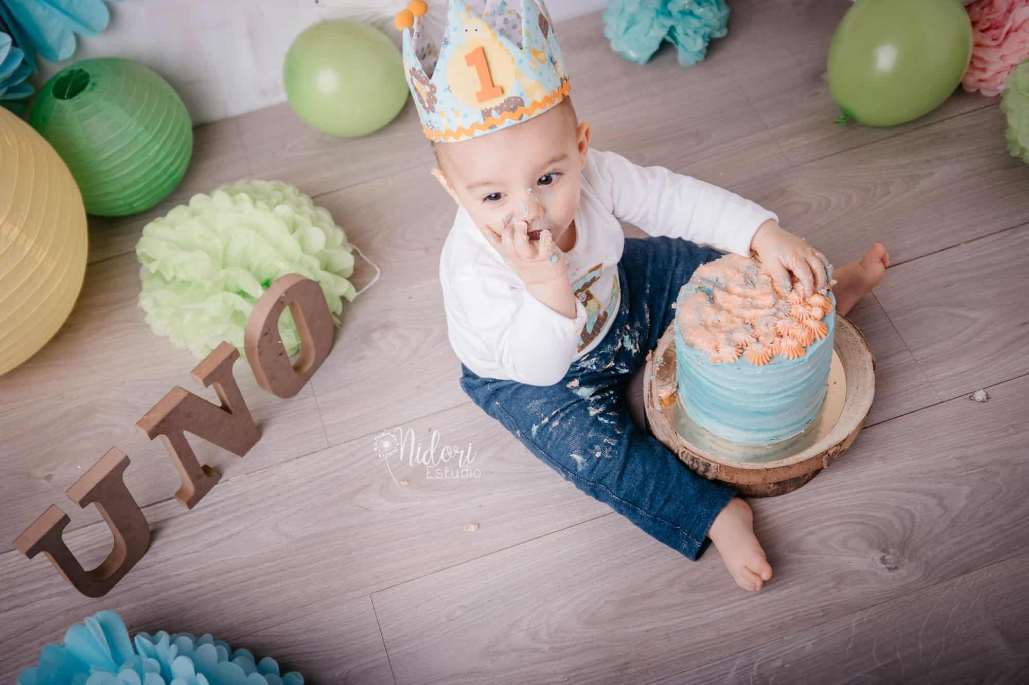 smash-cake-cumpleaños-tarta-fotografia-niños-bebes-nidoriestudio-fotos-valencia-almazora-castellon-españa-spain-17